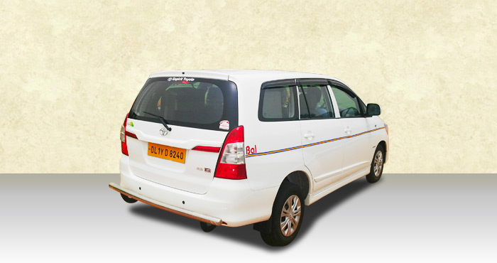Hire Toyota Innova 6+1 Seater from India Rental Cars